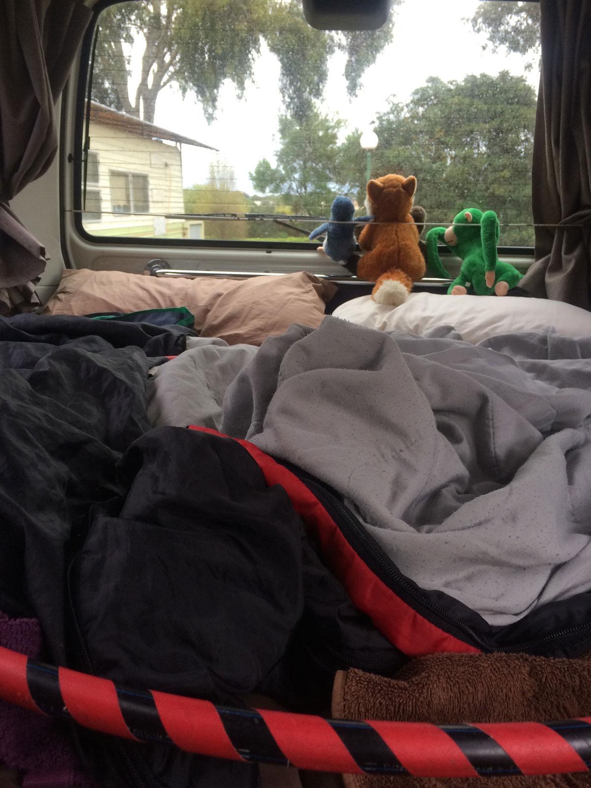 Camper in Australien mit Hula Hoop