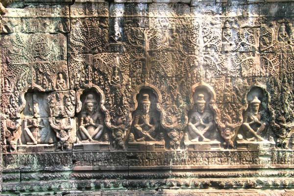 Tänzerinnen in Angkor Wat, Tempel