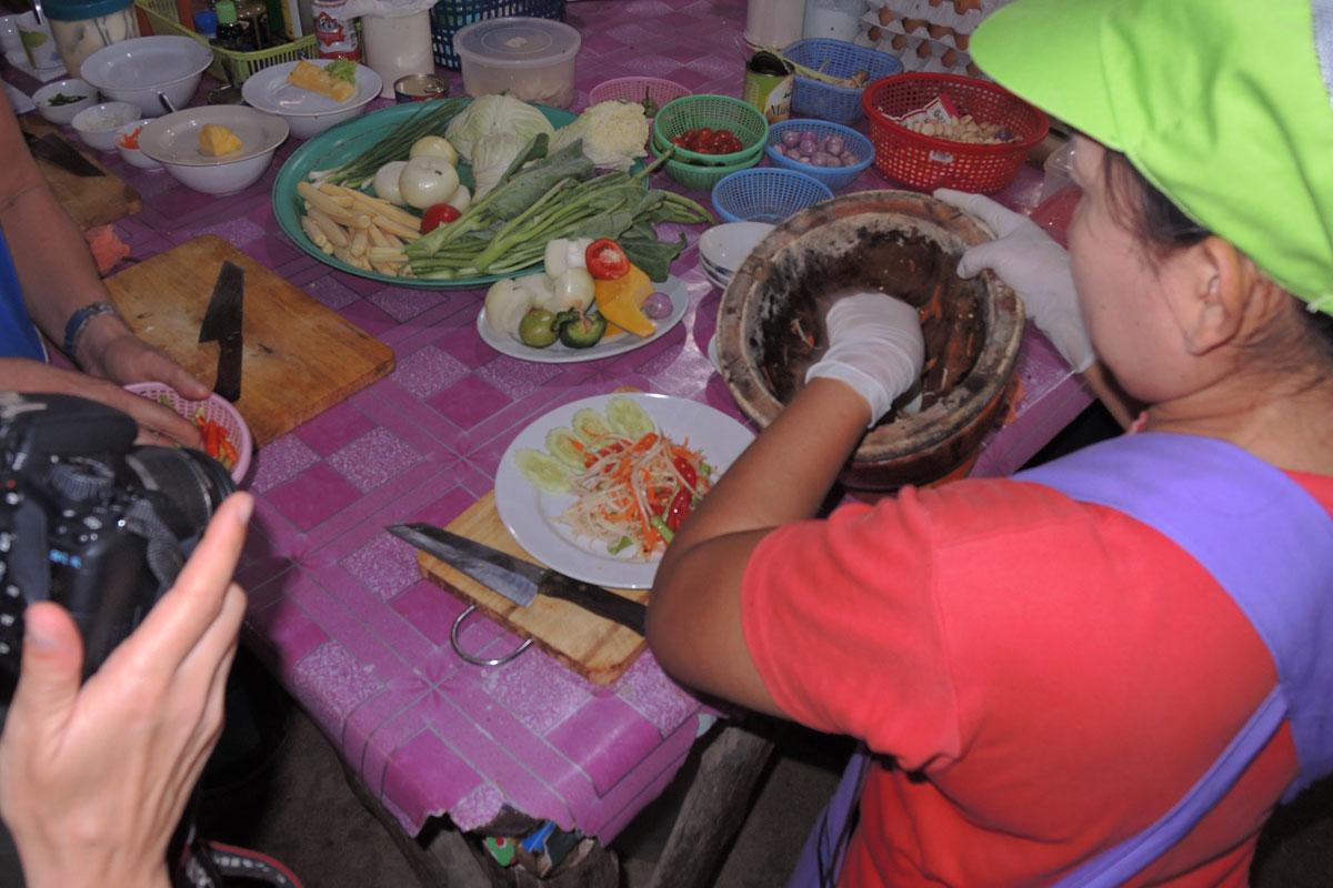 Papaya Salat kochen